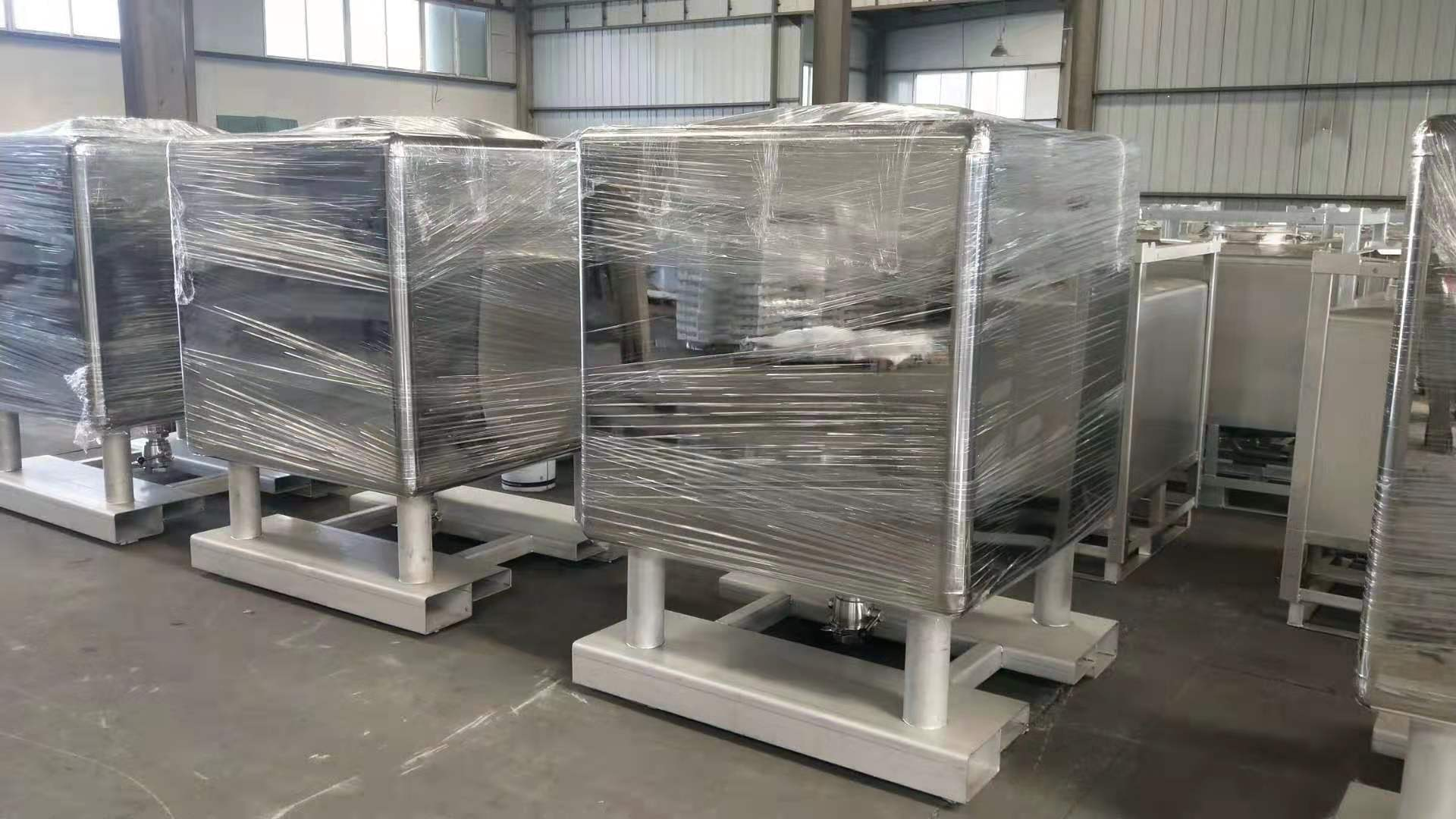 Stainless steel container #400 finishing 1000 L